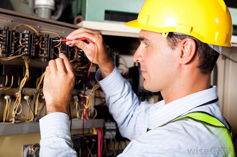 O que Faz um Eletricista?