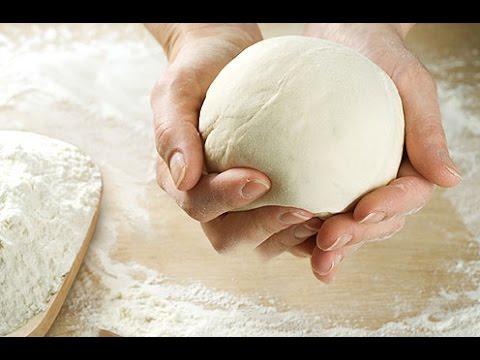 Por que Amassar a  Massa de Pão