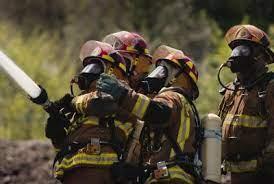 Como funciona o treinamento de bombeiro
