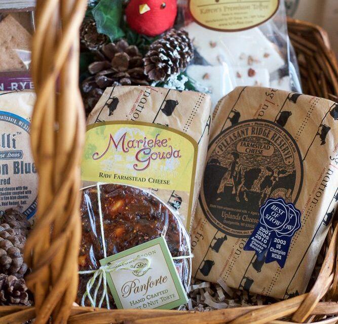 Tudo que você precisa para fazer sua própria cesta de alimentos gourmet